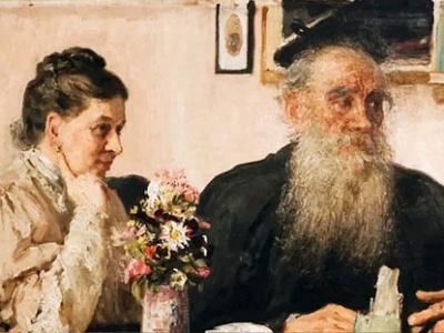 Выставка «Легко ли быть женой гения?», посвящённой С.А. Толстой